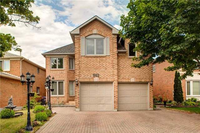 Detached at 943 Ceremonial Dr, Mississauga, Ontario. Image 1