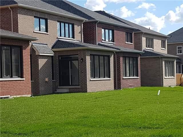 Detached at 8 Keywood Crt, Brampton, Ontario. Image 13
