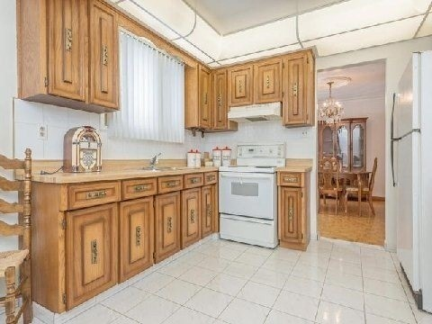 Detached at 10081 The Gore Rd, Brampton, Ontario. Image 10