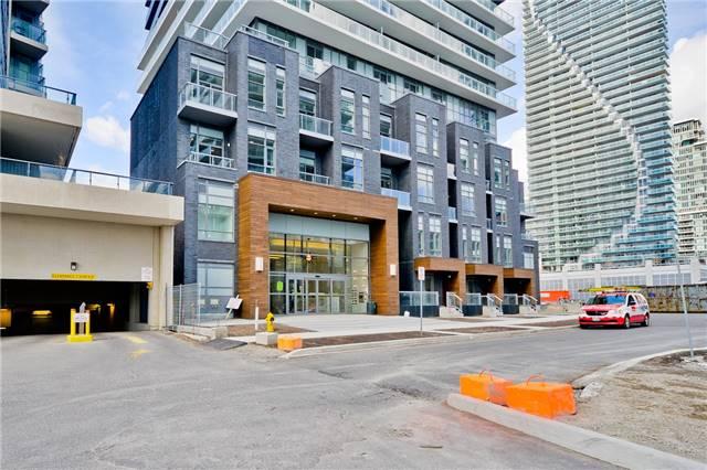 Condo Apartment at 56 Annie Craig Dr, Unit 3003, Toronto, Ontario. Image 12