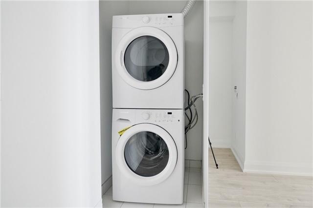 Condo Apartment at 56 Annie Craig Dr, Unit 3003, Toronto, Ontario. Image 8