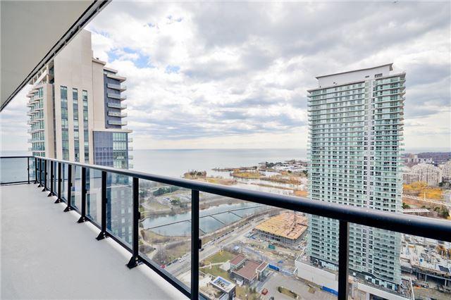 Condo Apartment at 56 Annie Craig Dr, Unit 3003, Toronto, Ontario. Image 11