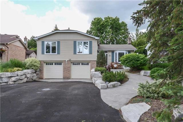 Detached at 399 Kingsview Dr, Caledon, Ontario. Image 1