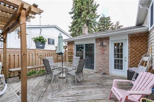 Detached at 399 Kingsview Dr, Caledon, Ontario. Image 13