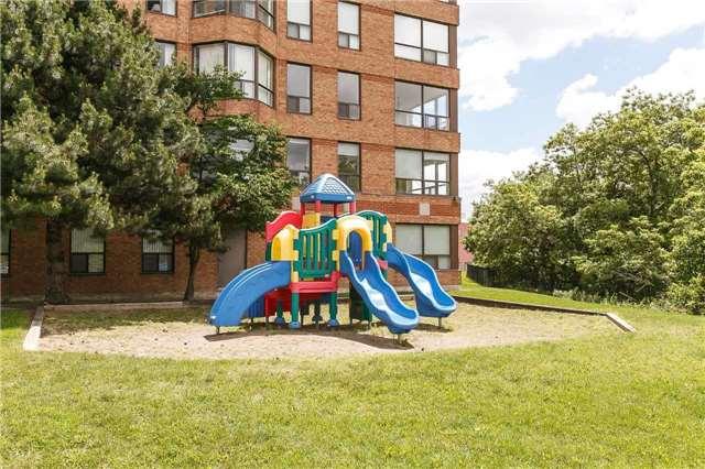 Condo Apartment at 6 Humberline Dr, Unit 718, Toronto, Ontario. Image 9