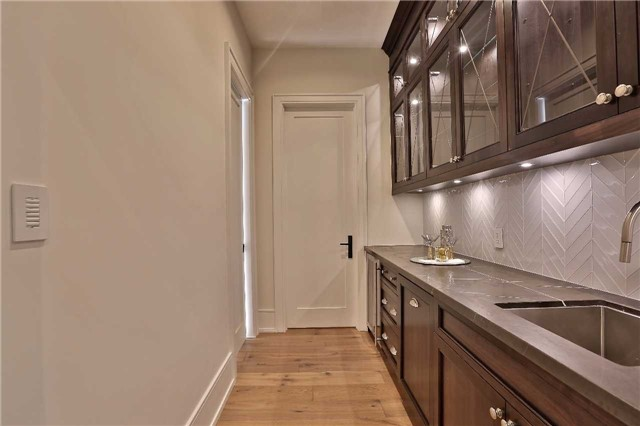 Detached at 268 Eastcourt Rd, Oakville, Ontario. Image 17