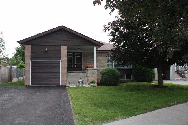 Detached at 31 Ollerton Rd, Toronto, Ontario. Image 1