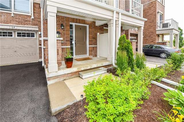 Townhouse at 165 Hampshire Way, Unit 64, Milton, Ontario. Image 12