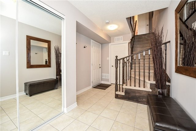 Townhouse at 165 Hampshire Way, Unit 64, Milton, Ontario. Image 14