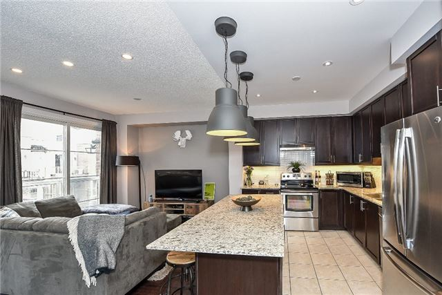 Townhouse at 165 Hampshire Way, Unit 64, Milton, Ontario. Image 17