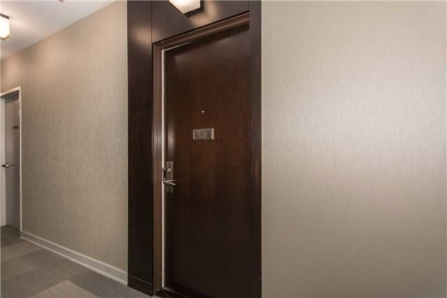 Condo Apartment at 50 Absolute Ave, Unit 901, Mississauga, Ontario. Image 15