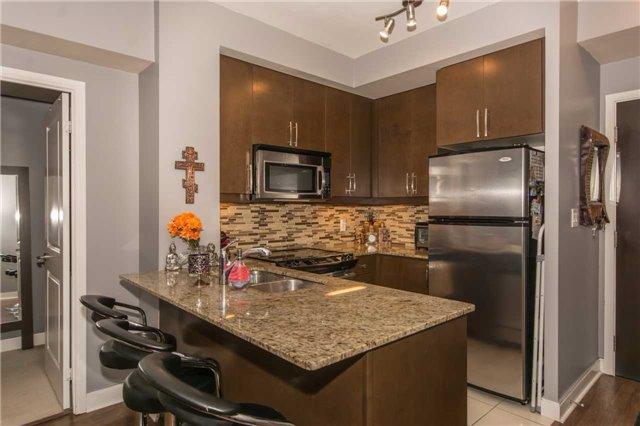 Condo Apartment at 50 Absolute Ave, Unit 901, Mississauga, Ontario. Image 18