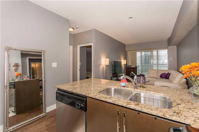 Condo Apartment at 50 Absolute Ave, Unit 901, Mississauga, Ontario. Image 20