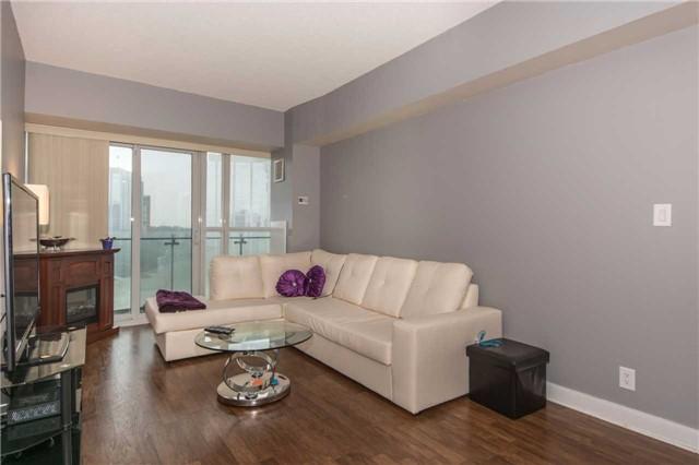 Condo Apartment at 50 Absolute Ave, Unit 901, Mississauga, Ontario. Image 2