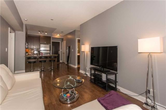 Condo Apartment at 50 Absolute Ave, Unit 901, Mississauga, Ontario. Image 4