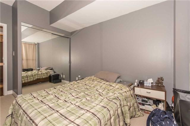 Condo Apartment at 50 Absolute Ave, Unit 901, Mississauga, Ontario. Image 10