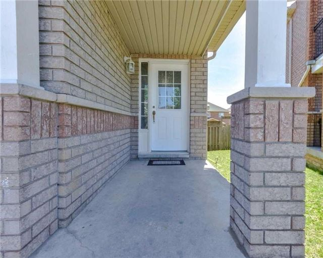 Link at 700 Rossellini Dr, Mississauga, Ontario. Image 12