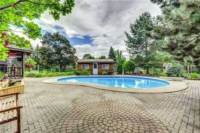 Detached at 93 Matson Dr, Caledon, Ontario. Image 10