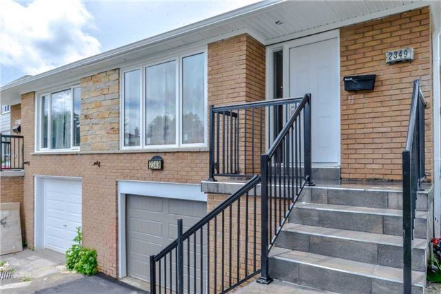 Semi-detached at 2349 Whaley Dr, Mississauga, Ontario. Image 1