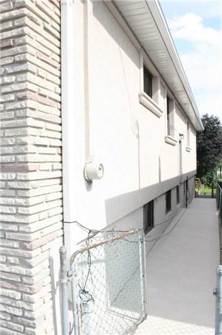 Semi-detached at 103 Grandravine Dr W, Toronto, Ontario. Image 15