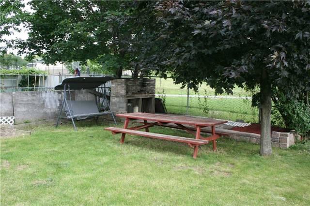 Semi-detached at 103 Grandravine Dr W, Toronto, Ontario. Image 17