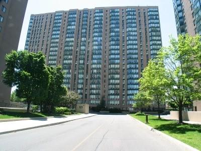 Condo Apartment at 155 Hillcrest Ave, Unit 1712, Mississauga, Ontario. Image 1