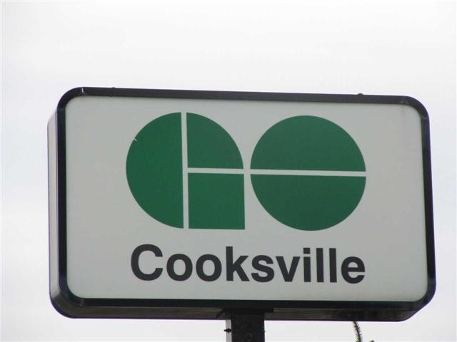 Condo Apartment at 155 Hillcrest Ave, Unit 1712, Mississauga, Ontario. Image 8