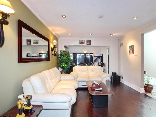 Detached at 761 Albion Rd, Toronto, Ontario. Image 16