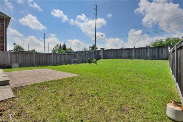 Detached at 67 Donwoods Crt, Brampton, Ontario. Image 11