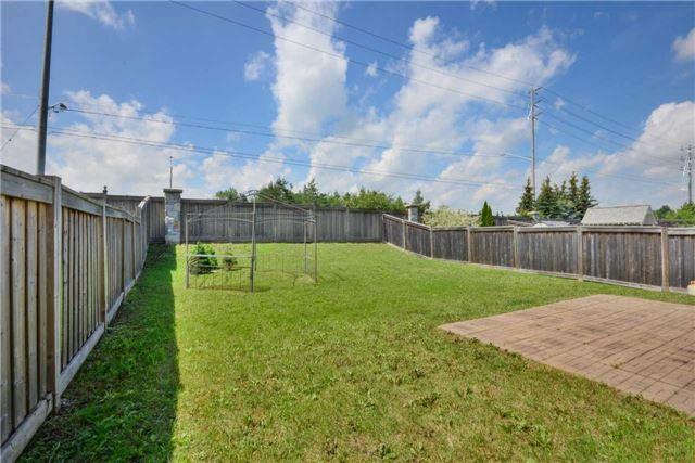 Detached at 67 Donwoods Crt, Brampton, Ontario. Image 13