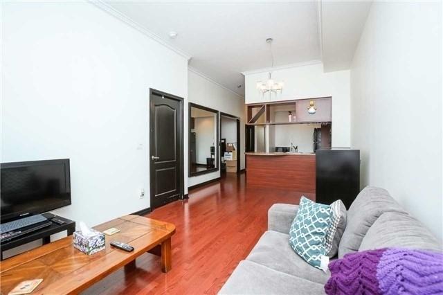 Condo Apartment at 4090 Living Arts Dr, Unit 312, Mississauga, Ontario. Image 16