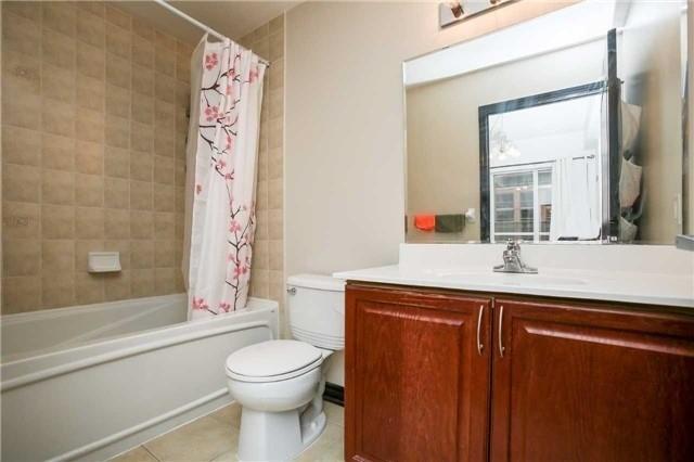 Condo Apartment at 4090 Living Arts Dr, Unit 312, Mississauga, Ontario. Image 6