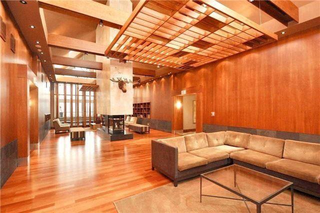 Condo Apartment at 4090 Living Arts Dr, Unit 312, Mississauga, Ontario. Image 7