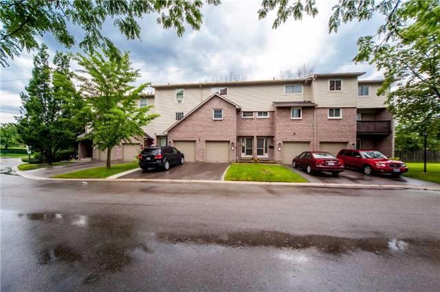 Condo Townhouse at 2075 Asta Dr, Unit 8, Mississauga, Ontario. Image 1