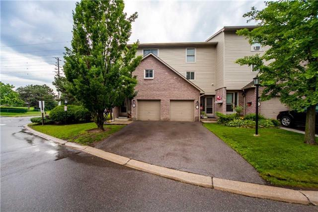 Condo Townhouse at 2075 Asta Dr, Unit 8, Mississauga, Ontario. Image 12