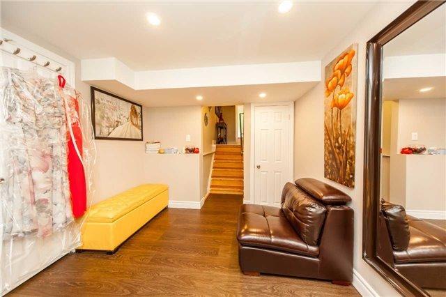 Condo Townhouse at 2075 Asta Dr, Unit 8, Mississauga, Ontario. Image 10