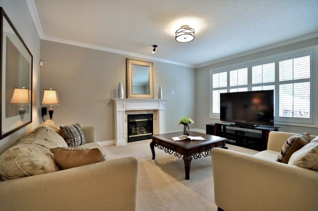 Detached at 2368 Gooseberry Way, Oakville, Ontario. Image 16