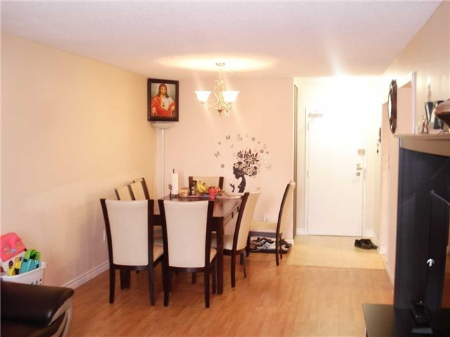 Condo Apartment at 390 Dixon Rd, Unit 1904, Toronto, Ontario. Image 10
