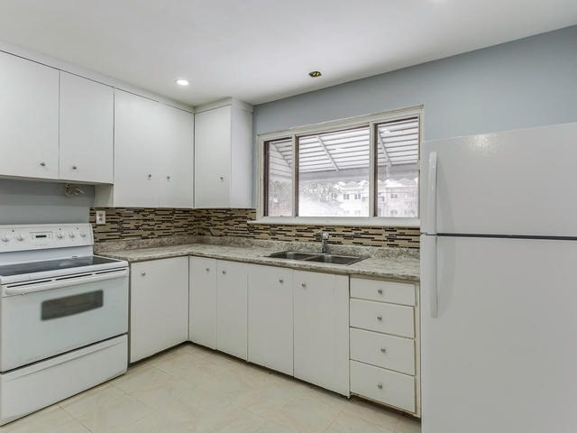 Detached at 1503 Indian Grove Rd, Mississauga, Ontario. Image 16