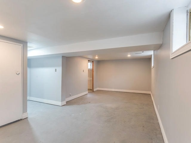 Detached at 1503 Indian Grove Rd, Mississauga, Ontario. Image 6