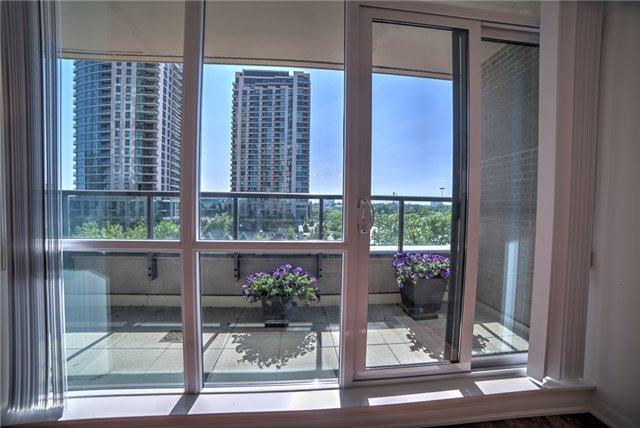 Condo Apartment at 205 Sherway Gardens Rd, Unit 303, Toronto, Ontario. Image 6
