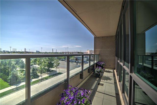 Condo Apartment at 205 Sherway Gardens Rd, Unit 303, Toronto, Ontario. Image 8