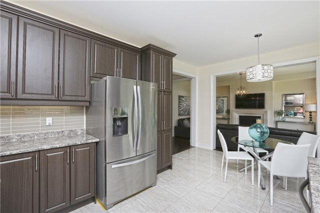 Detached at 6 Blackstone River Dr, Brampton, Ontario. Image 4