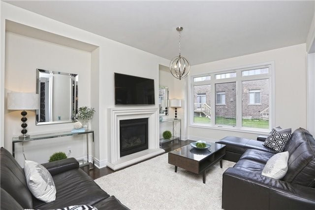 Detached at 6 Blackstone River Dr, Brampton, Ontario. Image 5