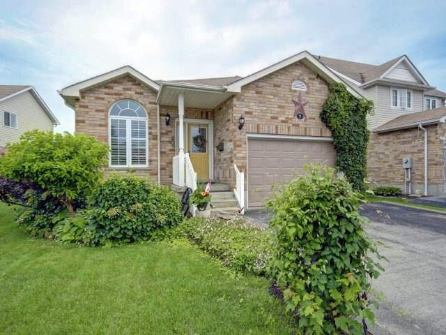 Detached at 9 Beardmore Cres, Halton Hills, Ontario. Image 12