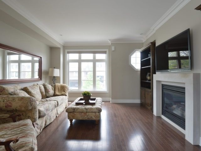 Semi-detached at 1863 Pagehurst Ave, Mississauga, Ontario. Image 20