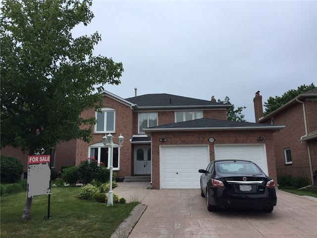 Detached at 1329 Clearview Dr, Oakville, Ontario. Image 1