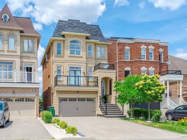Detached at 3045 Mission Hill Dr, Mississauga, Ontario. Image 1