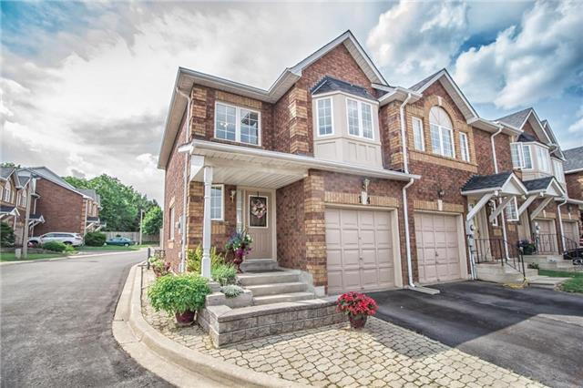 Condo Townhouse at 1425 Abbeywood Dr, Unit 14, Oakville, Ontario. Image 1