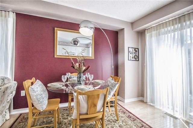 Condo Townhouse at 1425 Abbeywood Dr, Unit 14, Oakville, Ontario. Image 7